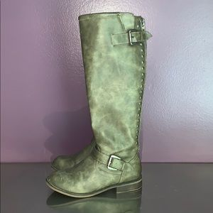 Shoes - Great condition boots